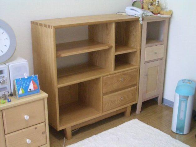 楢材飾り棚