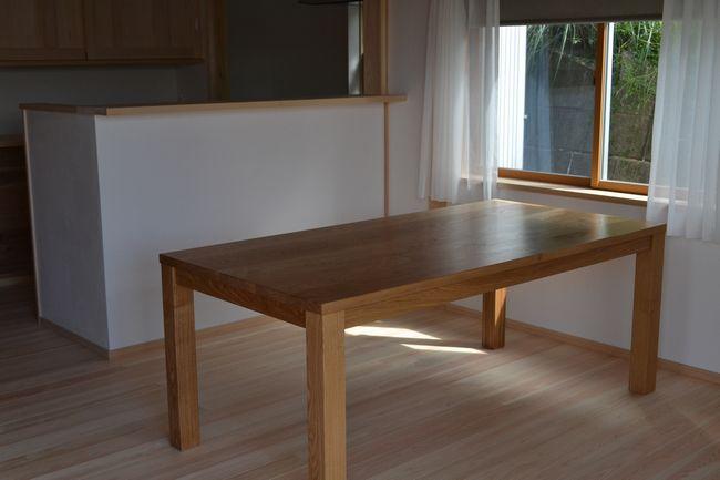 タモ ダイニングテーブル
