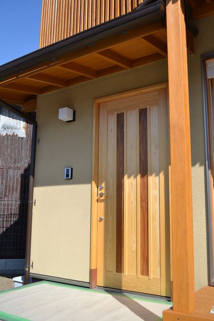 ヒノキ玄関ドア