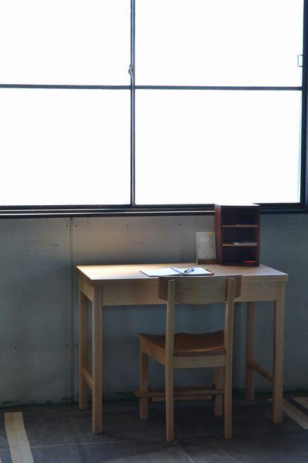 学習机と椅子