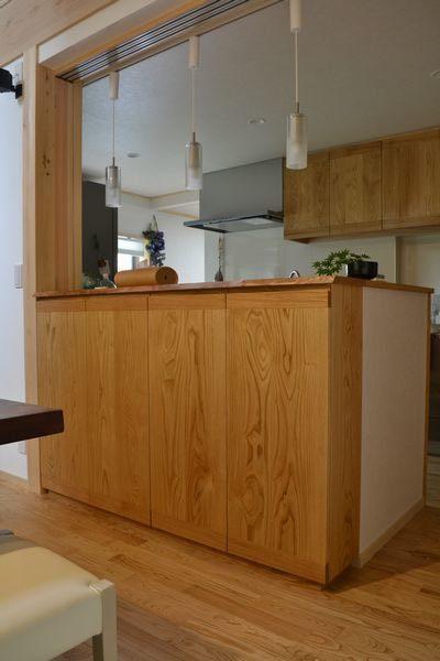 キッチンカウンター収納食器棚