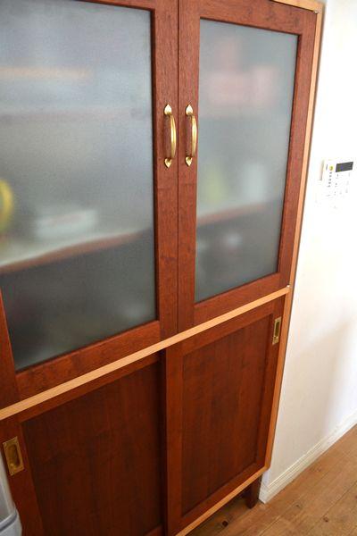 マホガニー食器棚
